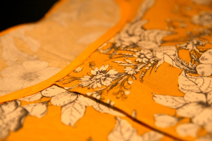 Bias binding and front pleat | Photo: Laura Peta