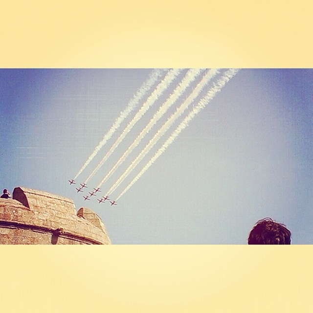 Red Arrows over Pendennis Castle | Photo: Laura Peta